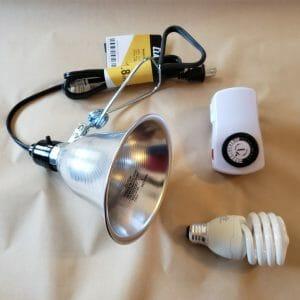 Full Spectrum Economy Daylight Bulb with Clamp Light & Timer