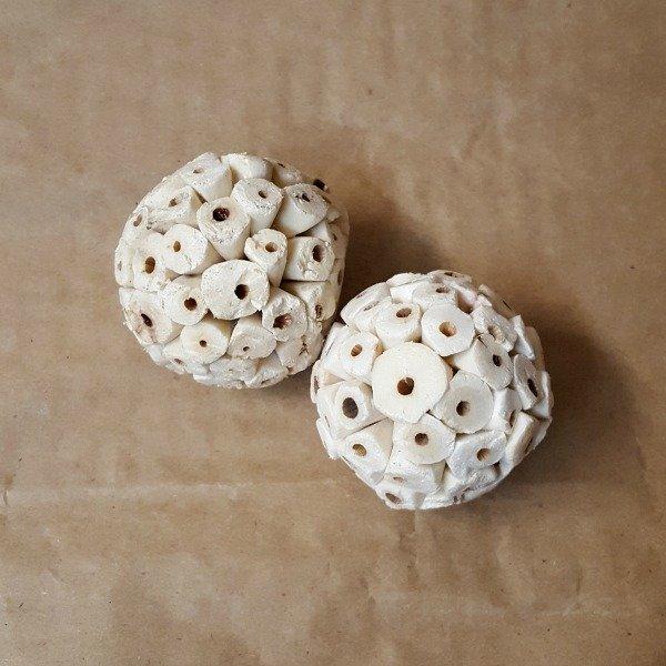 Munchie Atta Sea Cabbage Balls For Birds 2 pc